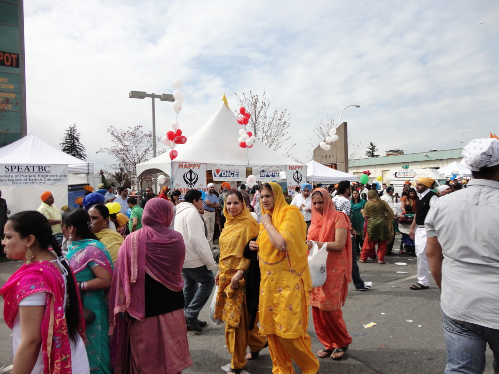 Why are Vaisakhi Colours Orange and Yellow? #Vaisakhi #VaisakhiColours #VaisakhiCustoms