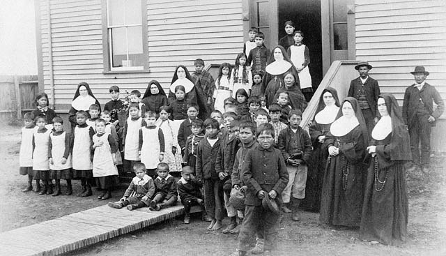 A Residential School Portrait - Quebec Aboriginal students and their teachers